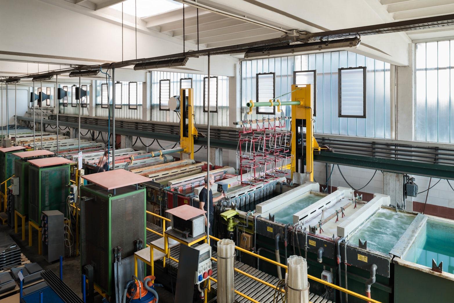 DESALTO-factory-italy