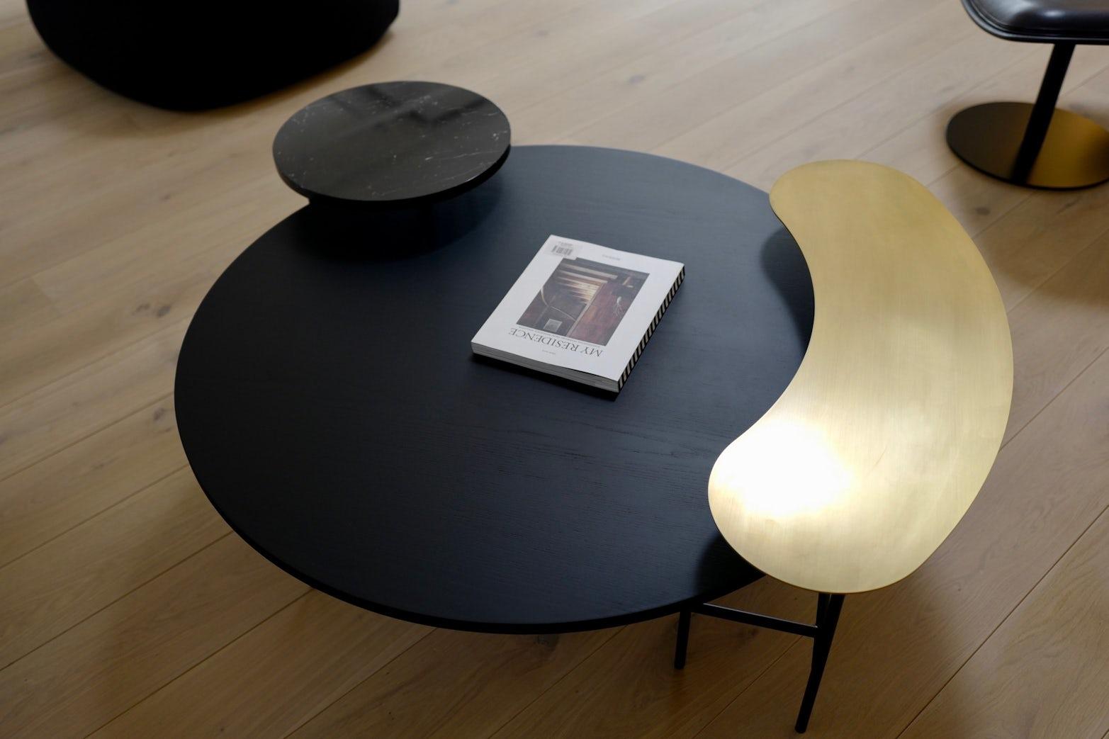 Palette Coffee Table Showroom Sale