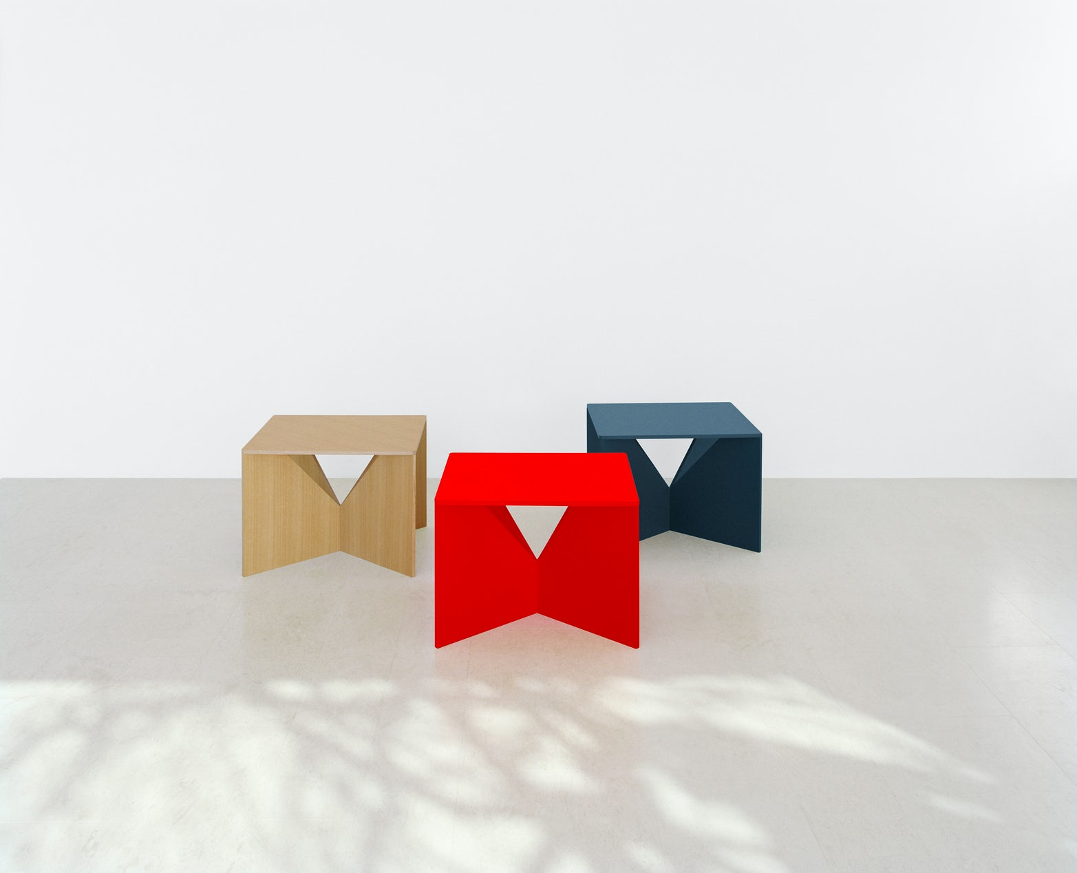 e15 calvert coffee tables by Ferdinand Kramer in assorted colors