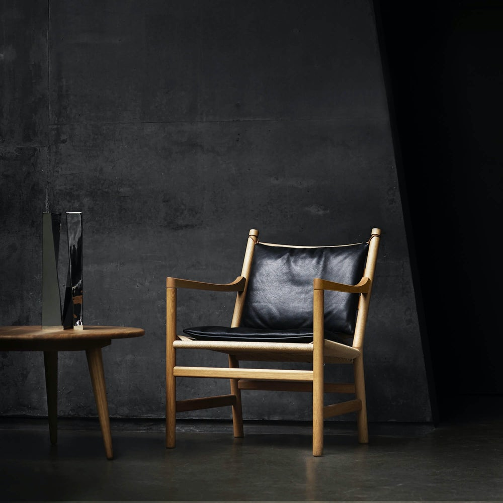Carl Hansen Ch44 Lounge Chair Context 3