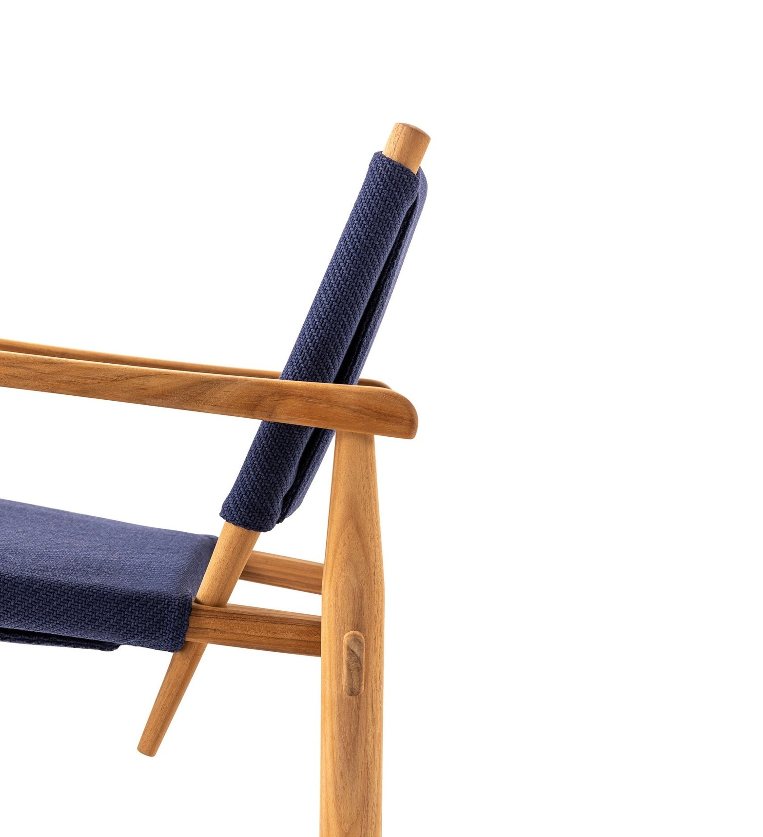 Doron Hotel Outdoor Chair Charlotte Perriand Cassina 3