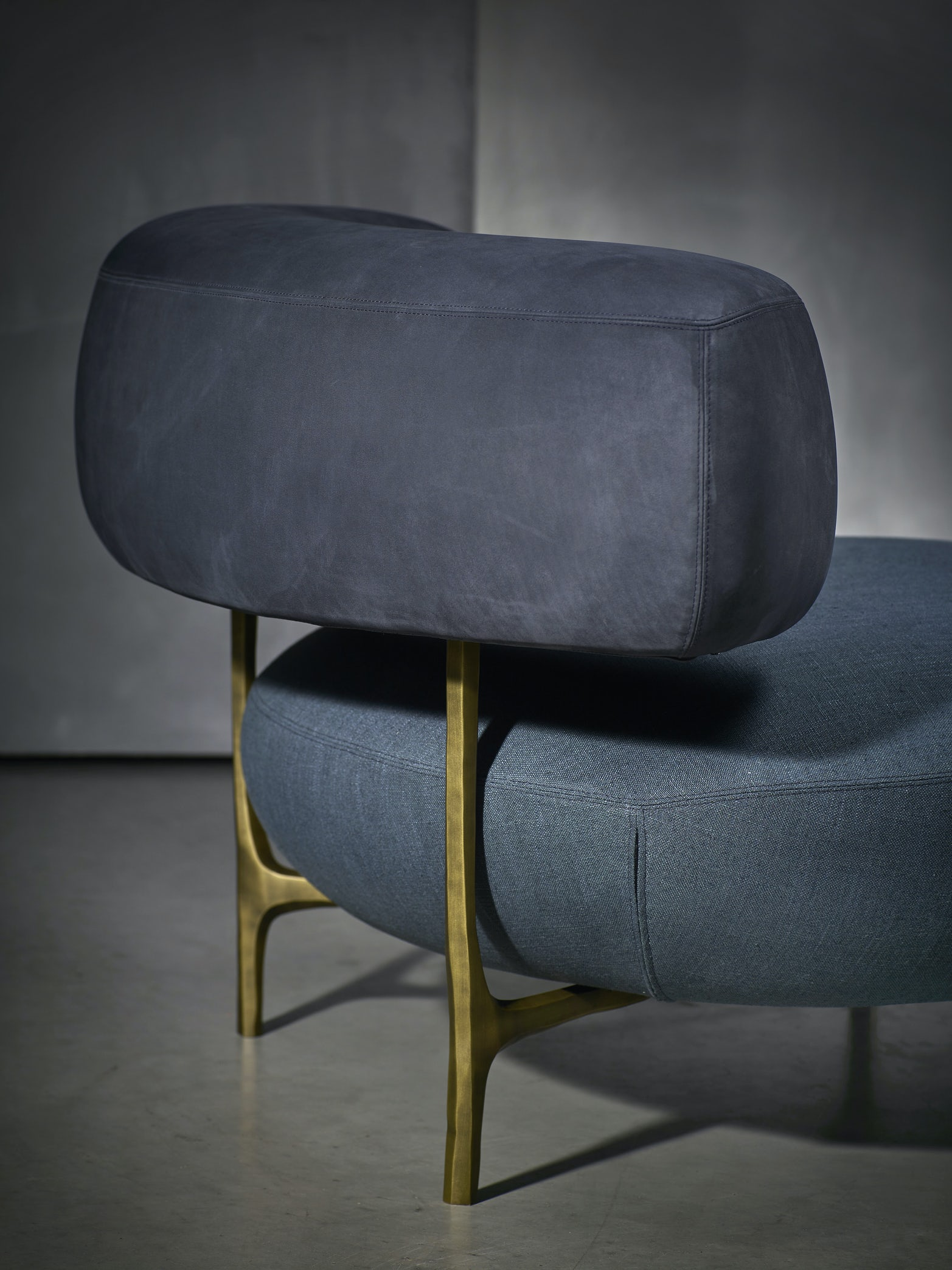 Ella-arm-chair-Piet-Boon-1