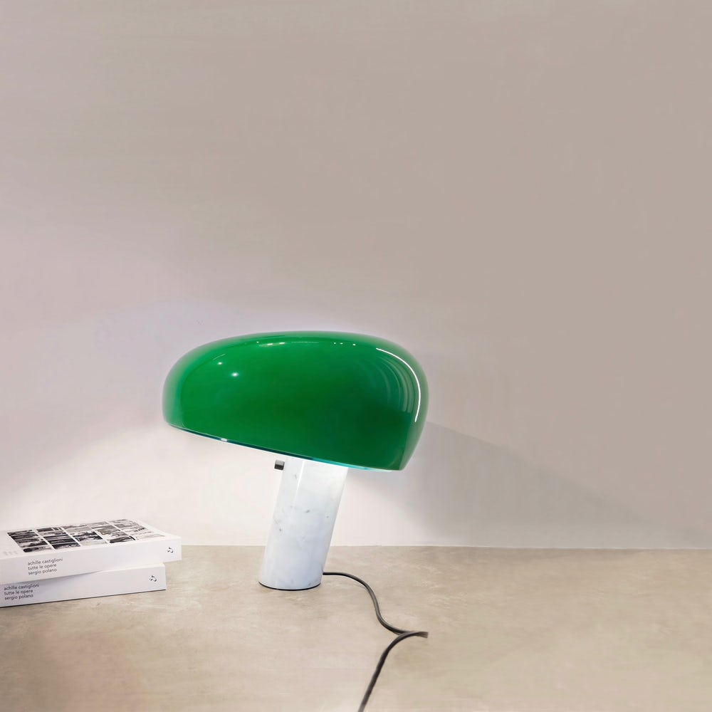 Snoopy-Table-Lamp-FLOS-44