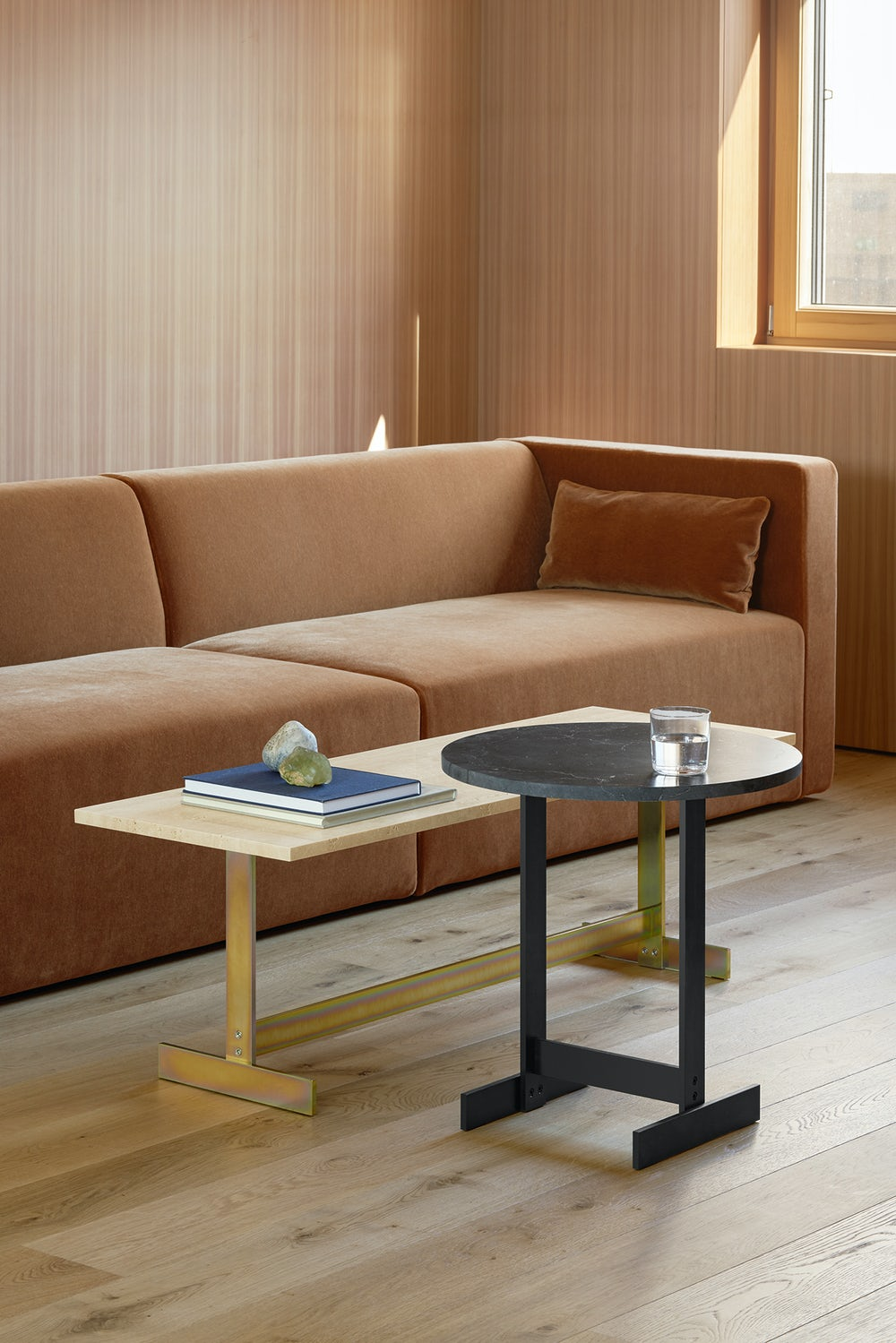 e15 kerman sofa with lazlo table