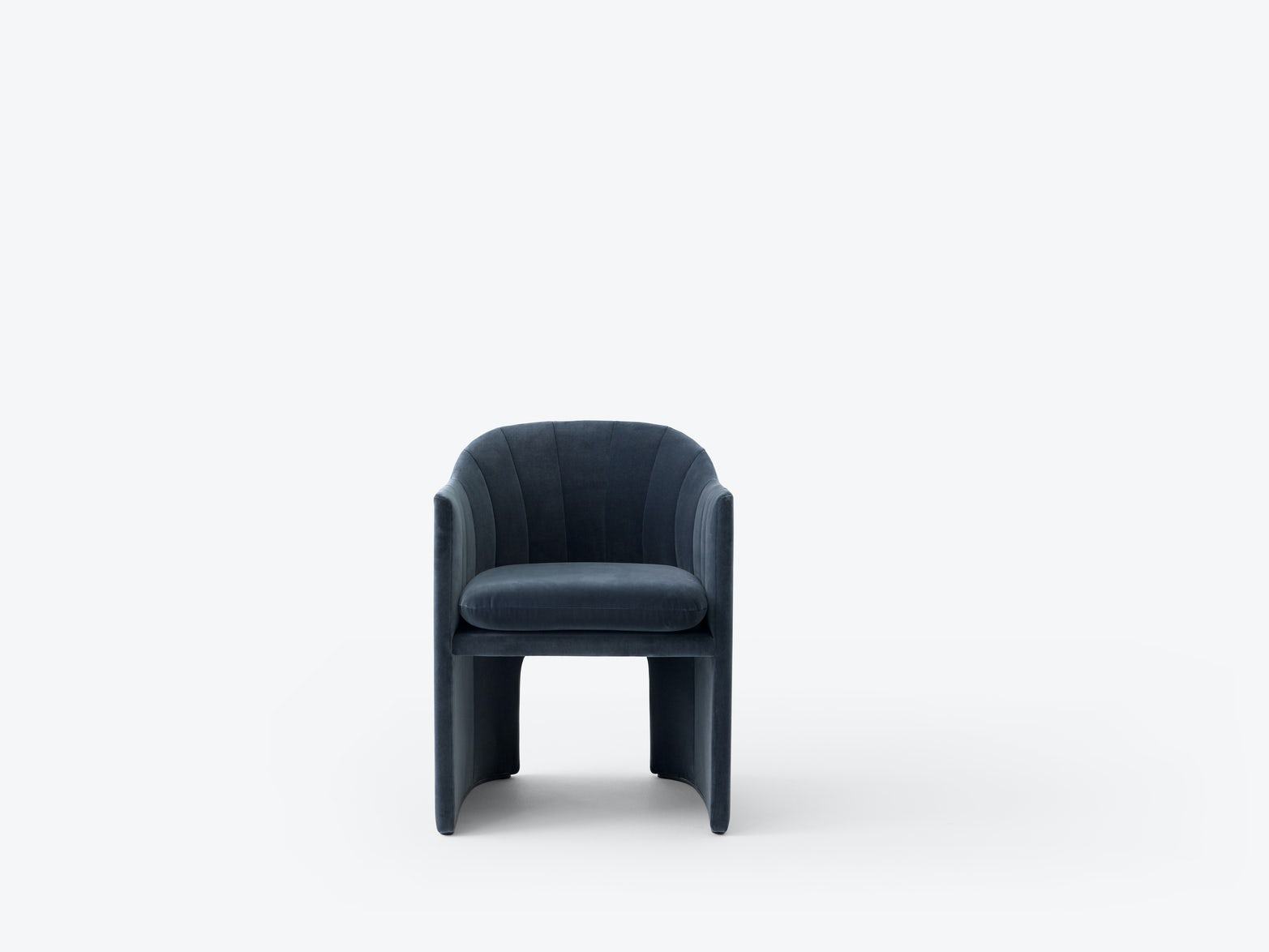 Loafer-chair-SC24-Space-Copenhagen-tradition-17