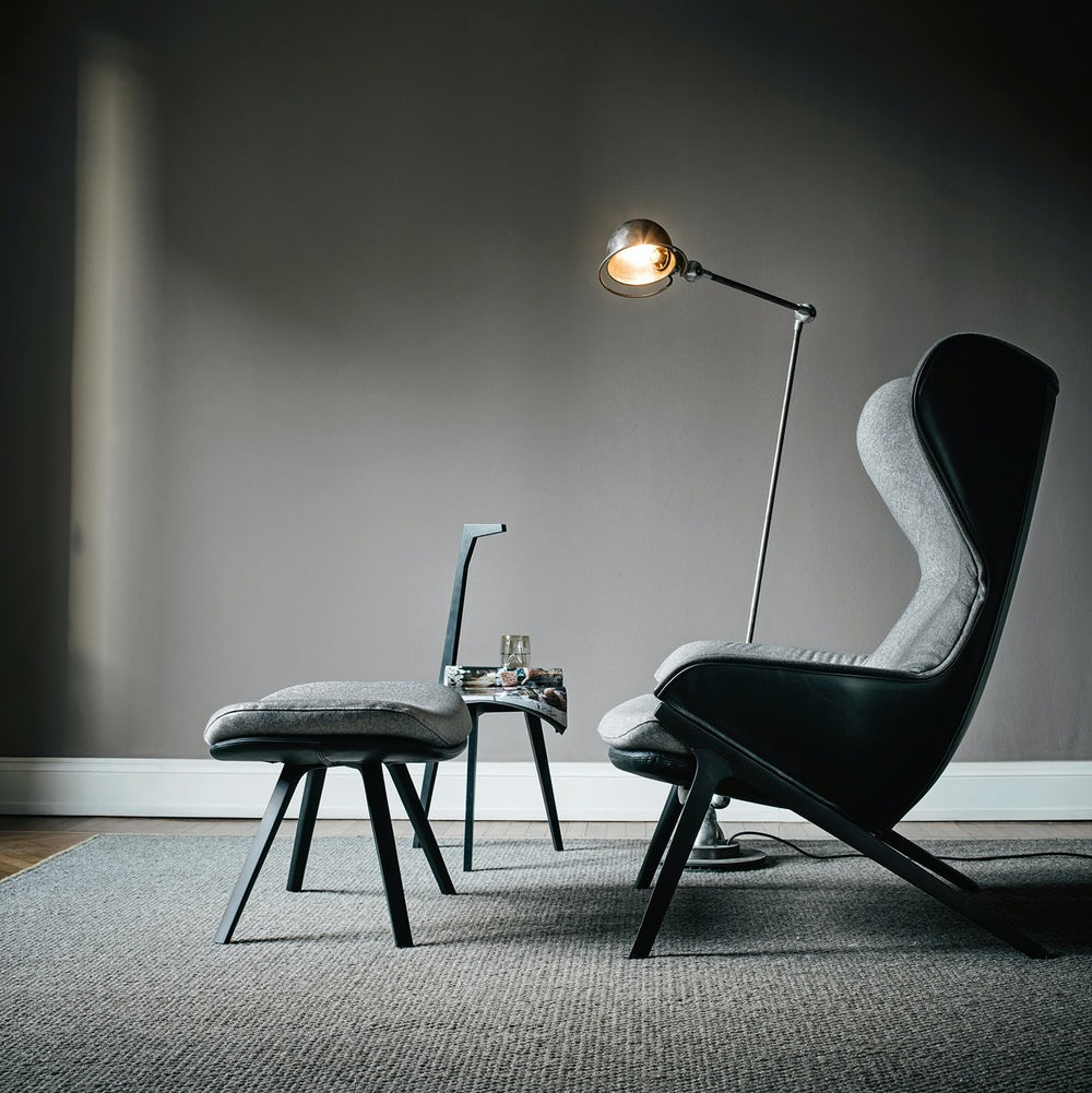 P22-Lounge-Chair-Cassina-6